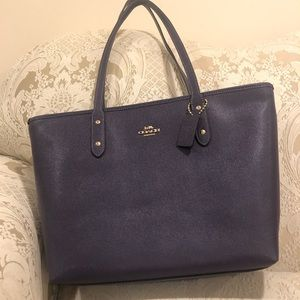 NEW w/o Tags Coach Tote Bag